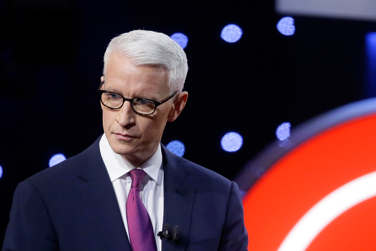 Anderson Cooper got a bit foul-mouthed while speaking to a Trump-friendly CNN contributor last night on ´Anderson Cooper 360.´