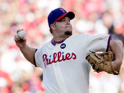 Joe Blanton pitches in relief in the 6th inning of Game 2. ( David Maialetti / Staff Photographer )