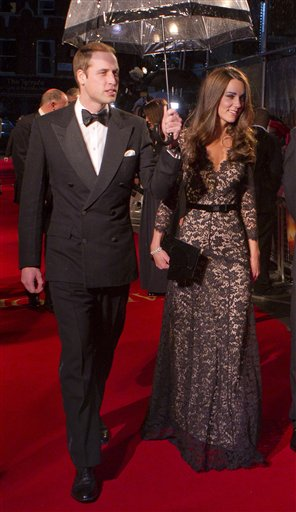 The Duke and Duchess of Cambridge arrive for the UK Premiere of ´War Horse´ in aid of �The Foundation of Prince William and Prince Harry�, at a central London cinema, London, Sunday, Jan. 8, 2012. (AP Photo/Joel Ryan)