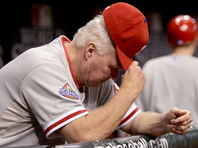 Philadelphia Phillies manager Charlie Manuel watches from the dugout during the Phillies&acute; 4-2 loss to the Tampa Bay Rays in Game 2 of the<br />World Series. (Yong Kim / Daily News)