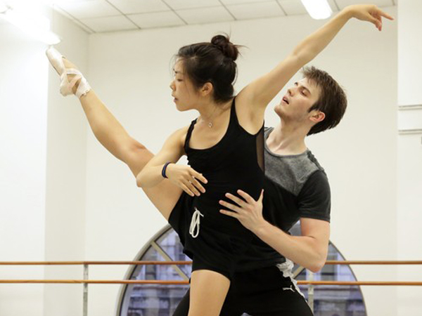 Andrea Yorita and Zachary Kapeluck. (Photo credit: Bill Hebert)