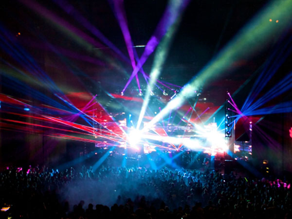 RJDJ performing at last year´s City Bisco at the Mann Center.