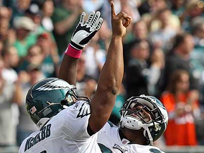 Eagles´ Quarterback Donovan McNabb Celebrates with Jason Avant after the Eagles third TD against the Tampa Bay Buccaneers during the 2nd quarter at Lincoln Financial Field. ( Steven M. Falk / Staff Photographer )