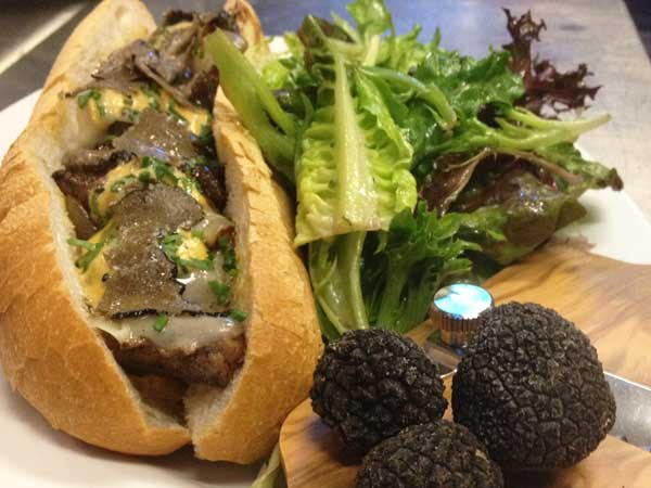 Kraftwork´s cheesesteak: flaky French roll with filet mignon, foie gras and black truffles