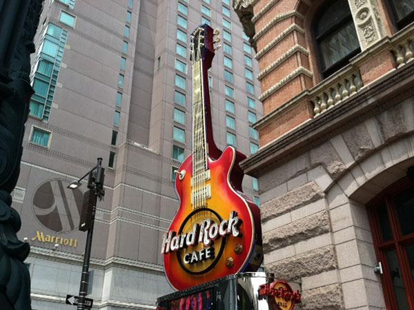 Hard Rock Cafe on East Market Street, Philadelphia. June 2013. ( Reid Kanaley / Staff )