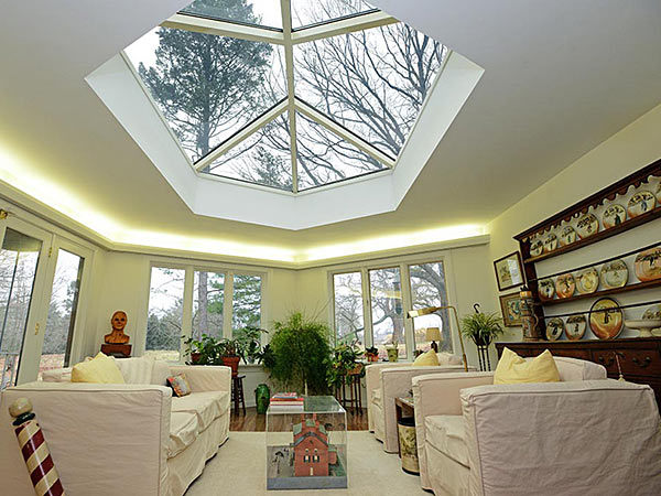 Sold: Unique hexagonal home in Wynnewood