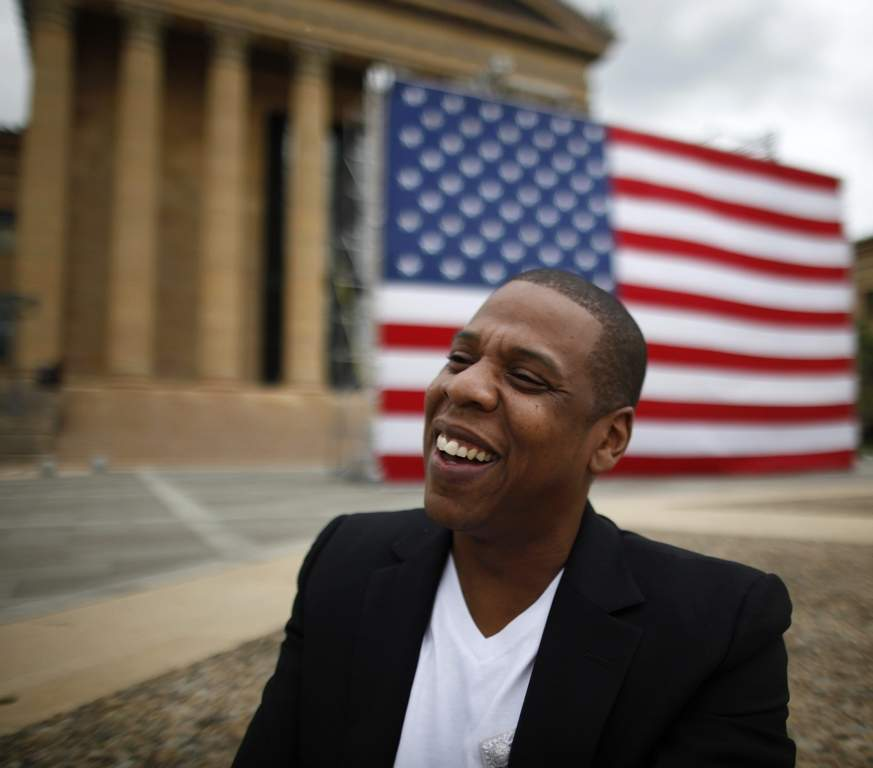 Jay-Z announces the Budweiser Made in America festival Monday on the steps of the Art Museum.<br /><br />David Swanson / Staff Photographer