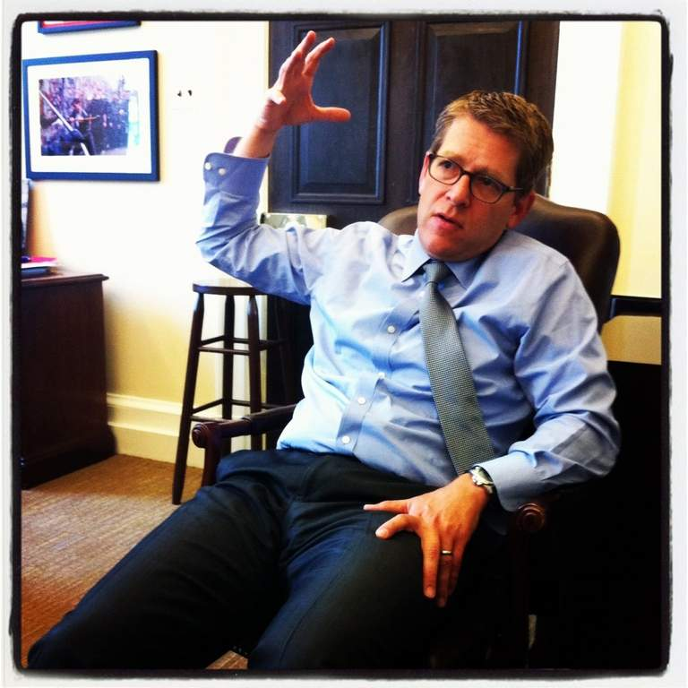 White House Press Secretary Jay Carney discussed his love of Guided by Voices for an upcoming issue of Magnet.<br /><br /> Jonathan Valania / Phawker.com