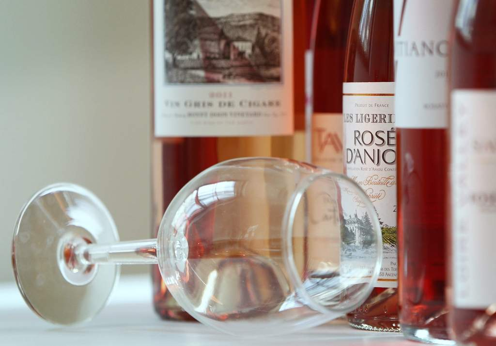 Classic ros&amp;eacute;s come from France. But ros&amp;eacute;s can be from anywhere and made from various grapes.<br /><br />ALEJANDRO A. ALVAREZ / STAFF PHOTOGRAPHER