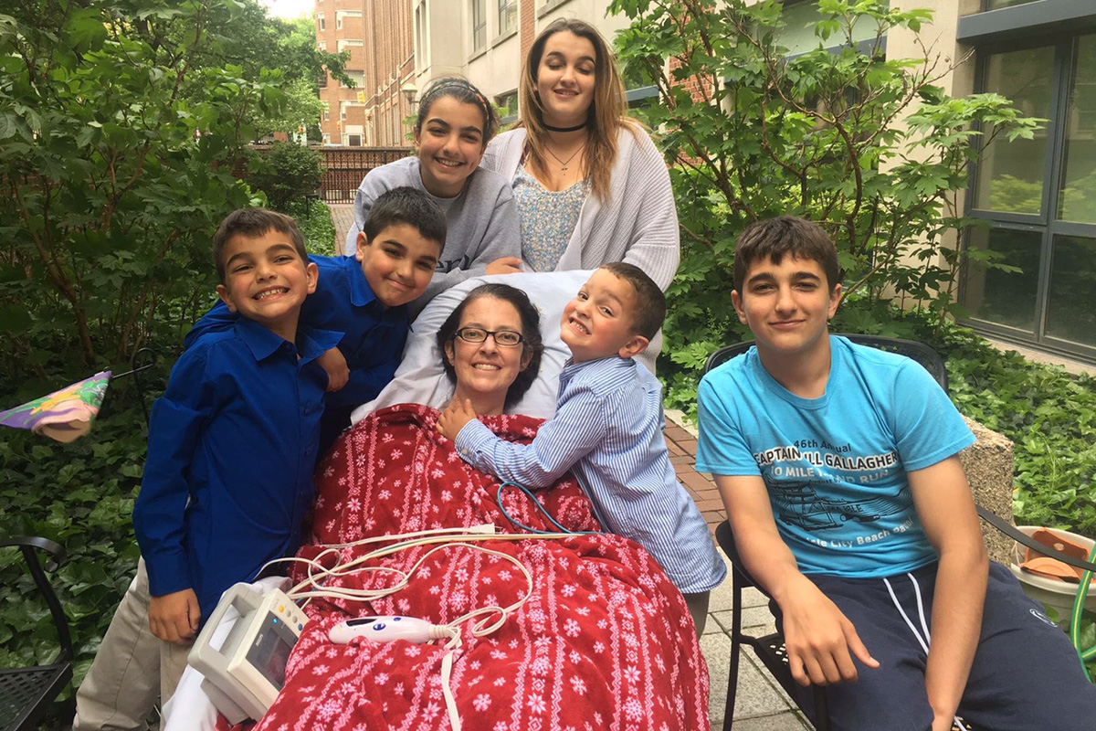 Hooman Noorchashm posted this photo of Amy and her six children on Facebook on May 14 to mark Mother´s Day.