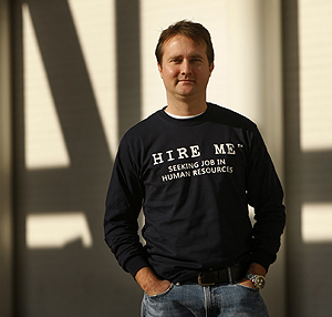 Andrej Bula lost his employment recruitment job but now markets himself - and others - with a line of shirts expressing a very personal sentiment. Here he makes it clear that he&acute;s seeking a job in human resources<br />