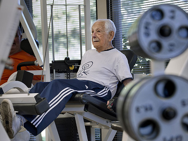 Louis Weintraub, who turned 100 in January, works out at a gym in Sacramento, Calif., on Feb. 21, 2014. Though his eyesight is failing, Weintraub is still leads an active life. (Randall Benton/Sacramento Bee/MCT)