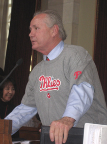 Councilman Tom LaBonge wearing a Phillies shirt in Los Angeles City Council chambers.