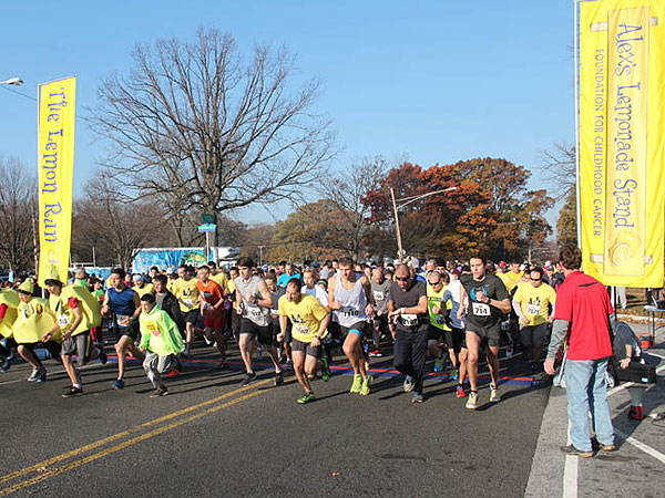 The 2012 Lemon Run starting line.