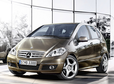 Mercedes Benz A-Class 5-door: Honda Fit size, Mercedes finish.