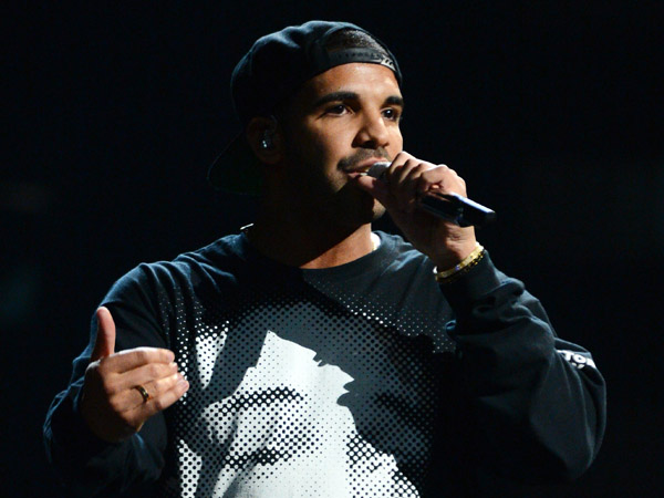 "This Sept. 21, 2013 file photo shows Drake performing at the iHeartRadio Music Festival in Las Vegas, Nev. Drake´s latest album, ""Nothing Was The Same,"" was released on Tuesday, Sept. 24. (Photo by Al Powers/Powers Imagery/Invision /AP, File)"