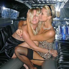 Nicky and Paris Hilton locked in a traditional sisterly embrace.