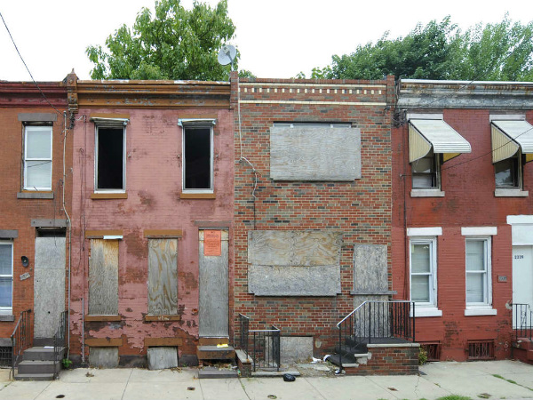 About 400,000 Philadelphians live in poverty, including nearly four out of every 10 children. The next mayor could enlist the entire city in the effort to provide hope for a better life for those living on the margins.<br />(CLEM MURRAY / File Photograph)