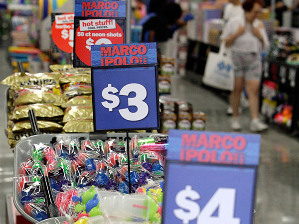 Five Below is new to the Atlanta area, with bargain priced items aimed at the teen and pre-teen market, all in the $1.00 to $5.00 price range. The Philadelphia-based retailer has opened stores throughout the area. (Bob Andres/Atlanta Journal-Constitution/MCT)