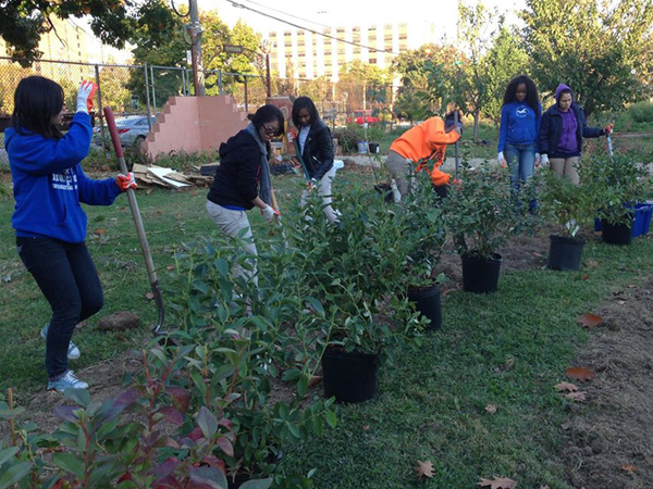 Teens 4 Good celebrating Philly Orchard Day on October 25, 2013 (Courtesy of Teens 4 Good via facebook)
