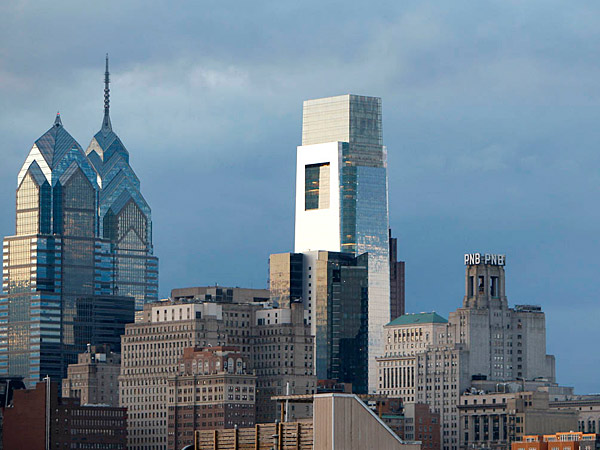 Philadelphia´s population grew in 2013, but at a slower rate than other recent years. (David Maialetti / staff photographer)