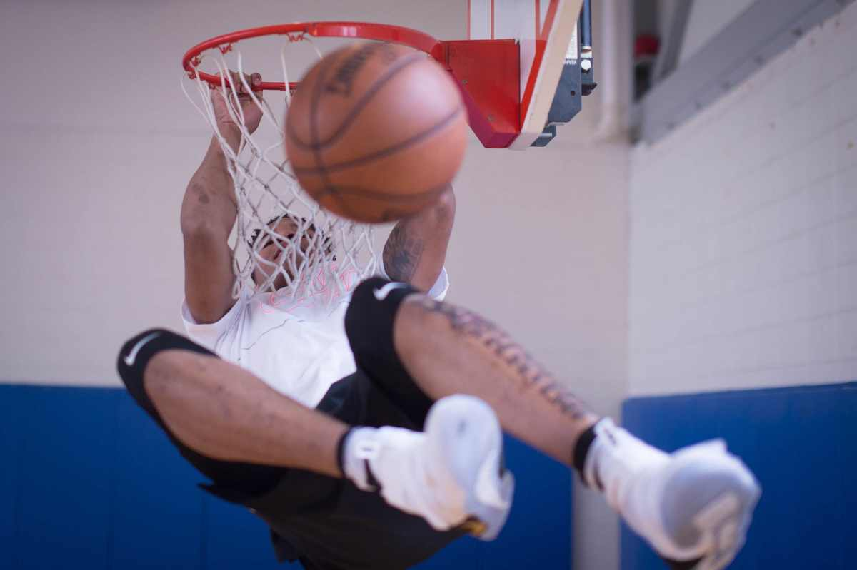 Sixers number one draft pick Markelle Fultz dunks while working out at the Riggs LaSalle Recreation Center in Washington, D.C. Tuesday, June 27, 2017.