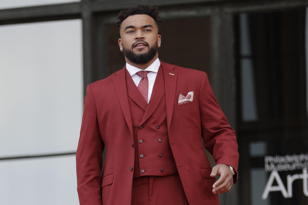 Tennessee's Derek Barnett arrives for the first round of the 2017 NFL football draft, Thursday, April 27, 2017, in Philadelphia.