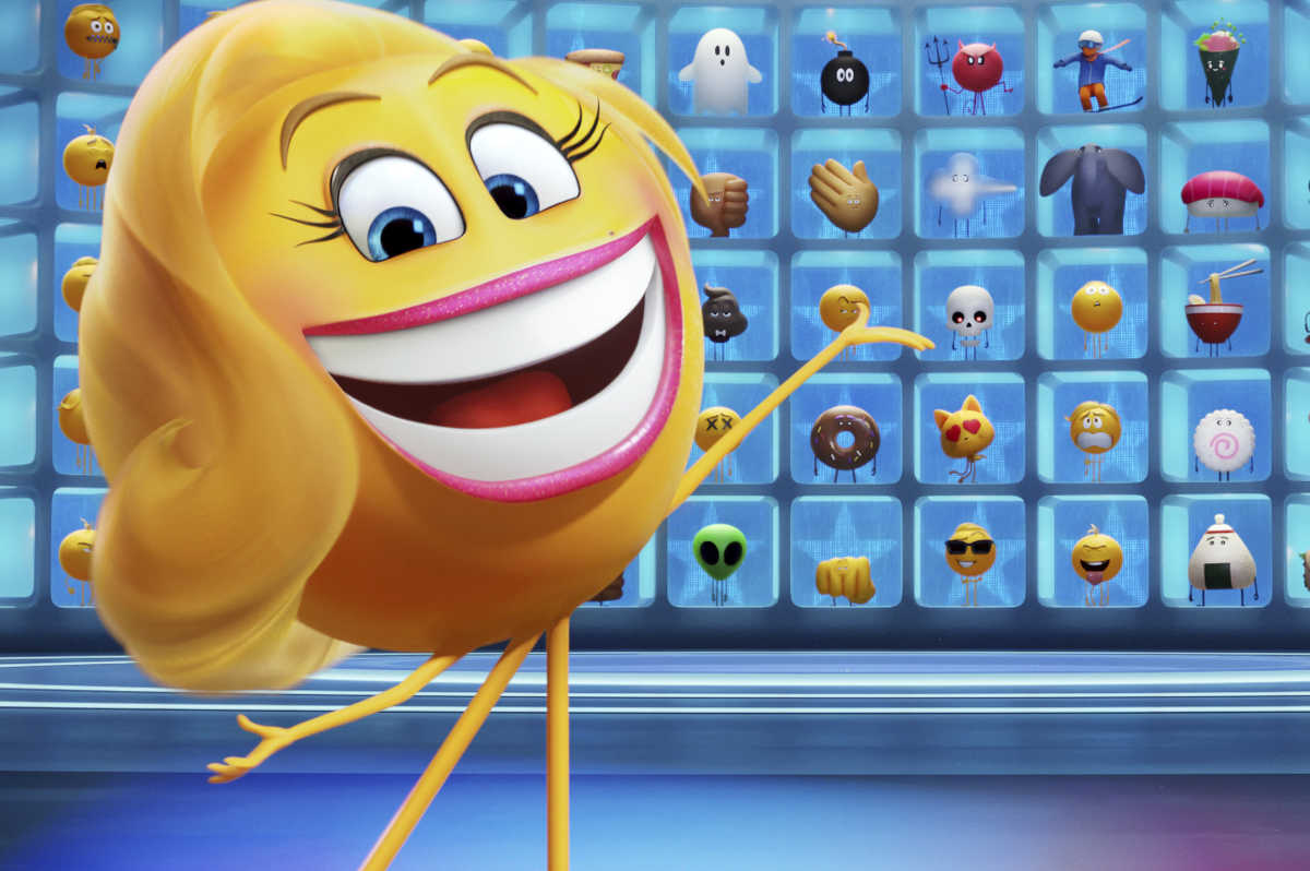 Smiler (Maya Rudolph) in Columbia Pictures and Sony Pictures Animation's THE EMOJI MOVIE.