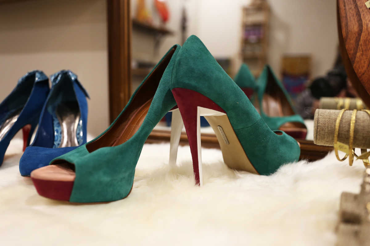 Vintage high heel pumps available at Sable boutique.
