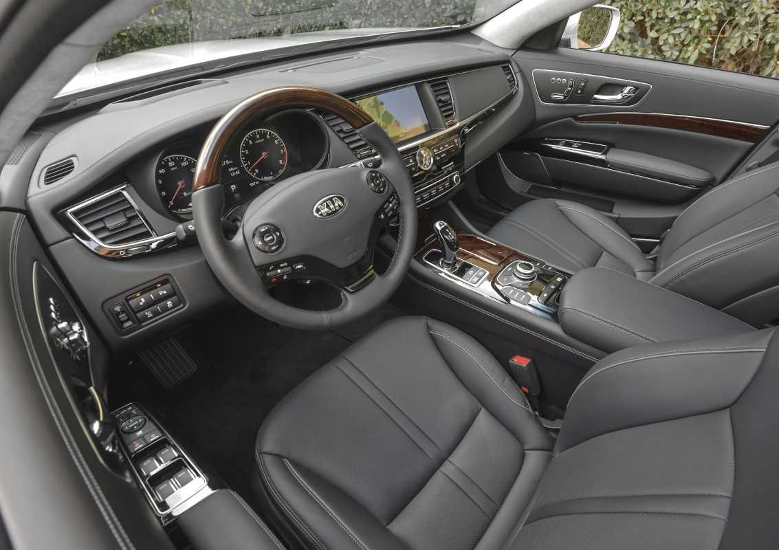 The 2017 Kia K900 comes with all the bells and whistles in seat adjustment and technological advances.