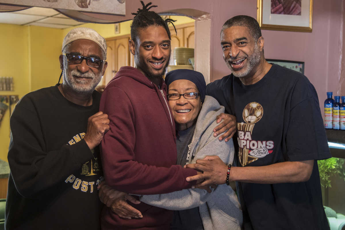 Nate Blackwell (right) poses with his mother, Bertha Blackwell; his youngest son, Tamir; and his father, Nathaniel Halliday.<br />