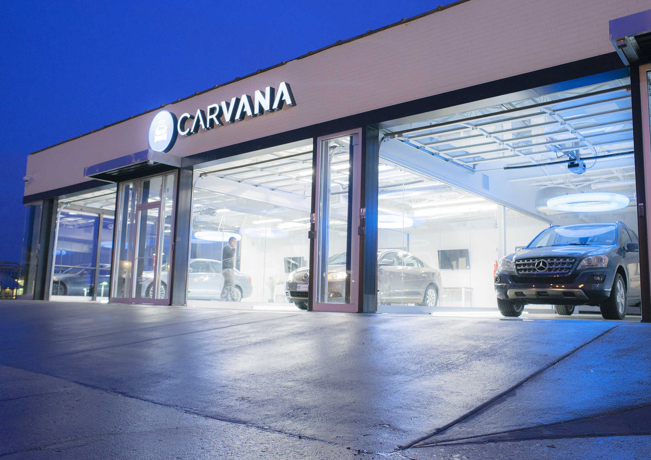 Carvana's pick-up facility in Atlanta for cars purchased online.