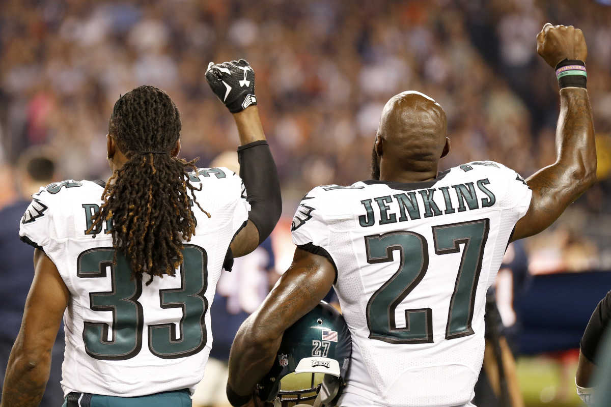 Malcolm Jenkins three other Eagles raise fist during national anthem