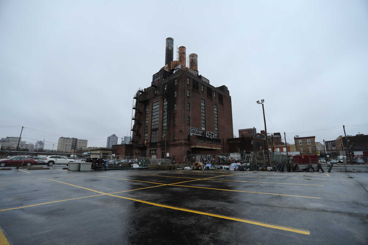 The Willow Street steam plant has been a PCB-laden blight on the Callowhill neighborhood for almost 30 years.