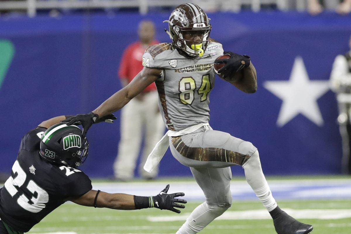 Western Michigan´s Corey Davis along with Clemson´s Mike Williams figure to be among the best wide receivers in this year´s draft.