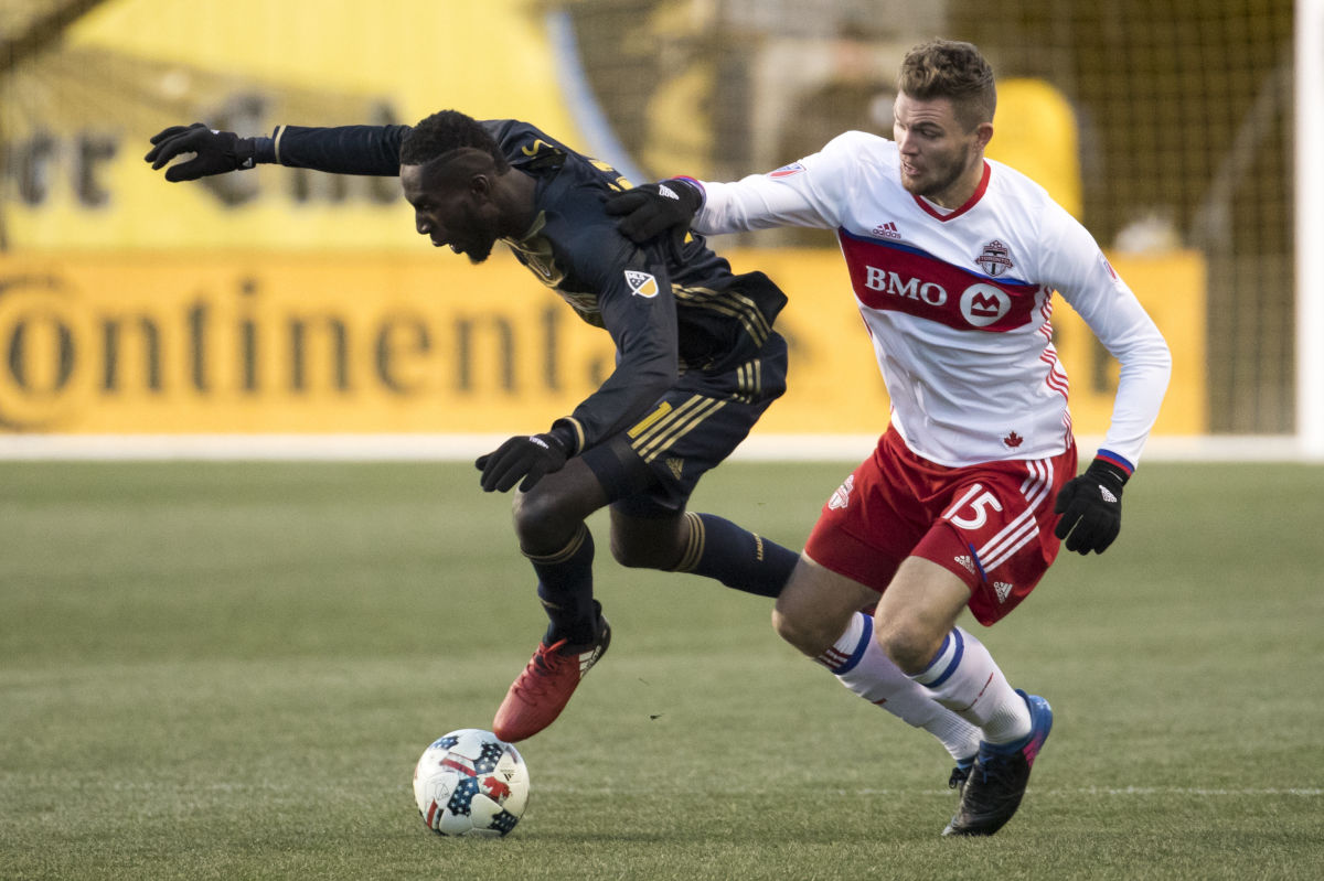 The Philadelphia Union´s Derrick Jones (left) , seen here in a March MLS game against Toronto, sparked a comeback in the United States´ Under-20 World Cup opener.