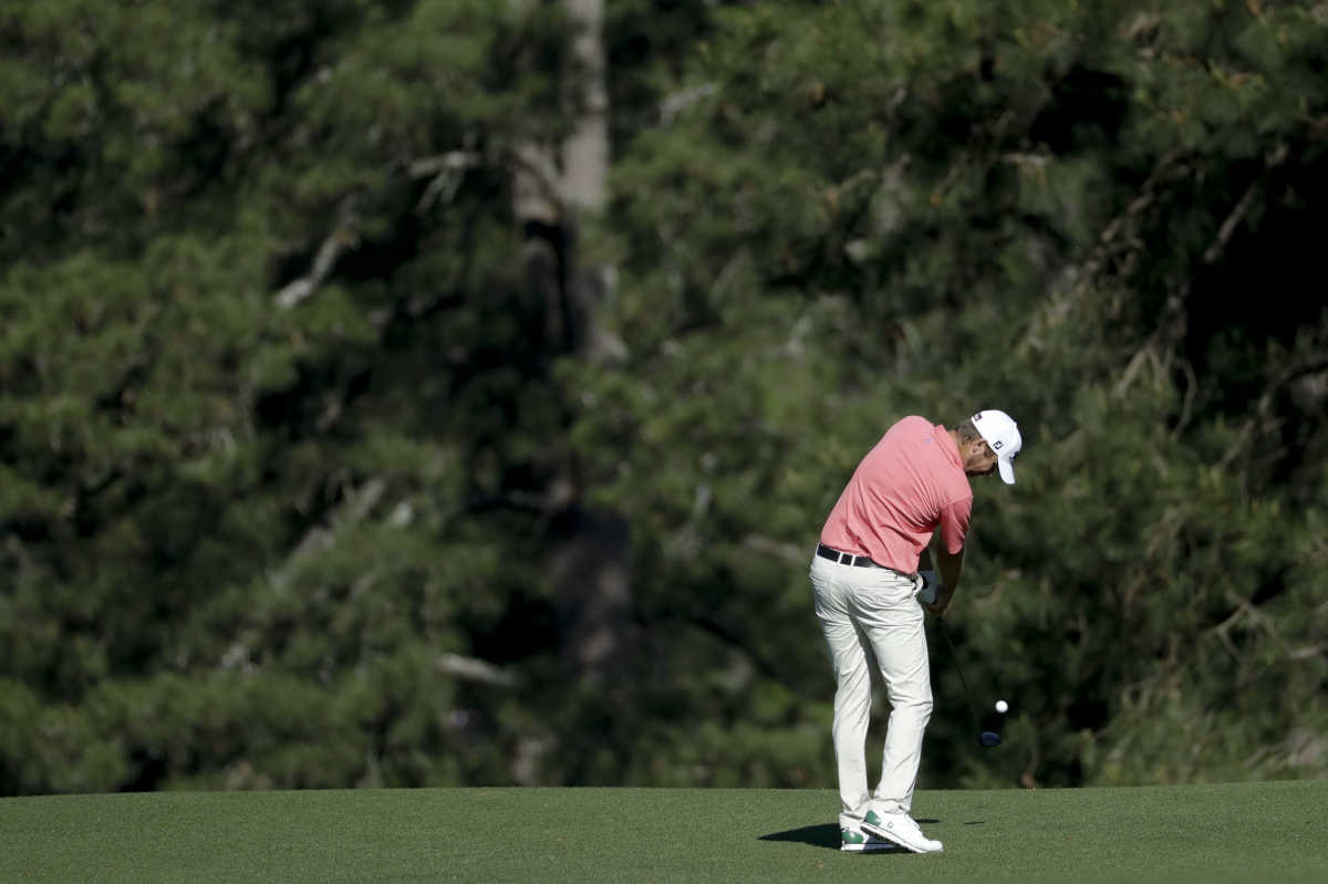 Sean O´Hair hits from the fairway on the 15th hole during a practice round for the Masters golf tournament Tuesday.