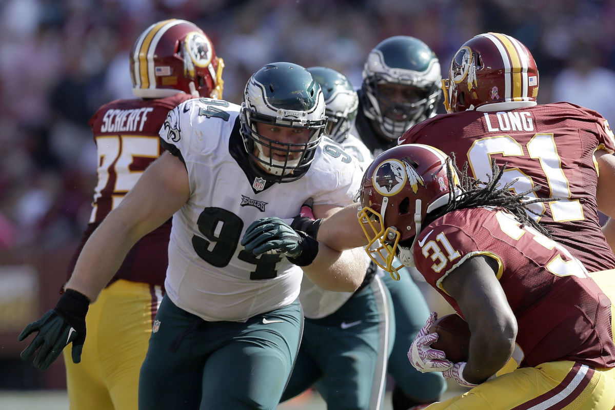 Eagles´ Beau Allen (94) says he is ahead of schedule after tearing a pectoral tendon.