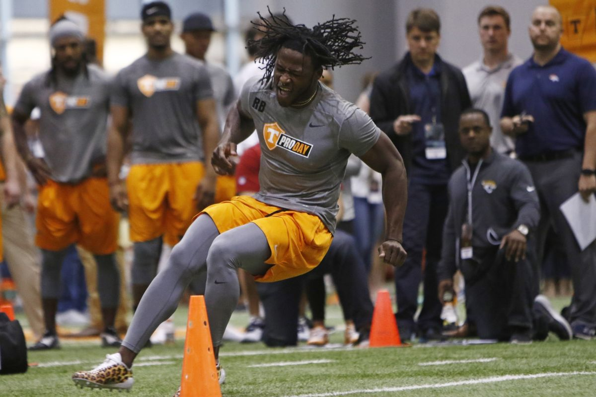University of Tennessee running back Alvin Kamara could be selected by Eagles in draft.