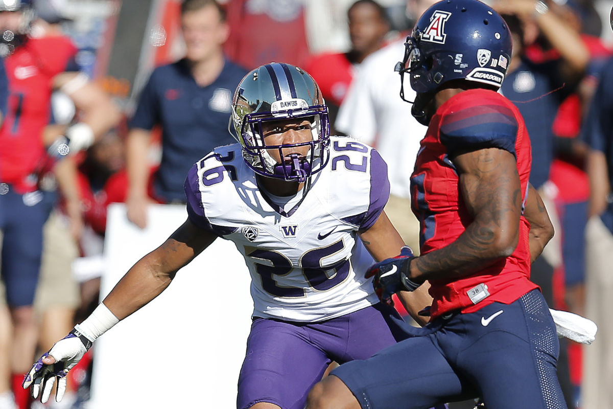 Washington defensive back Sidney Jones (26) during the first half of an NCAA college football game against Arizona, Saturday, Nov. 15, 2014, in Tucson, Ariz. The Eagles selected Jones with the 43rd pick in the 2017 NFL draft.<br /><br />