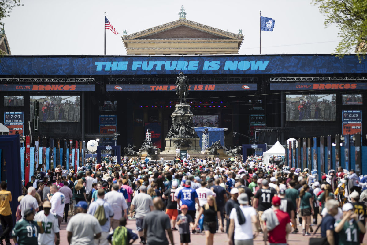 Fans gather for the 2017 NFL football draft, Saturday, April 29, 2017, in Philadelphia.