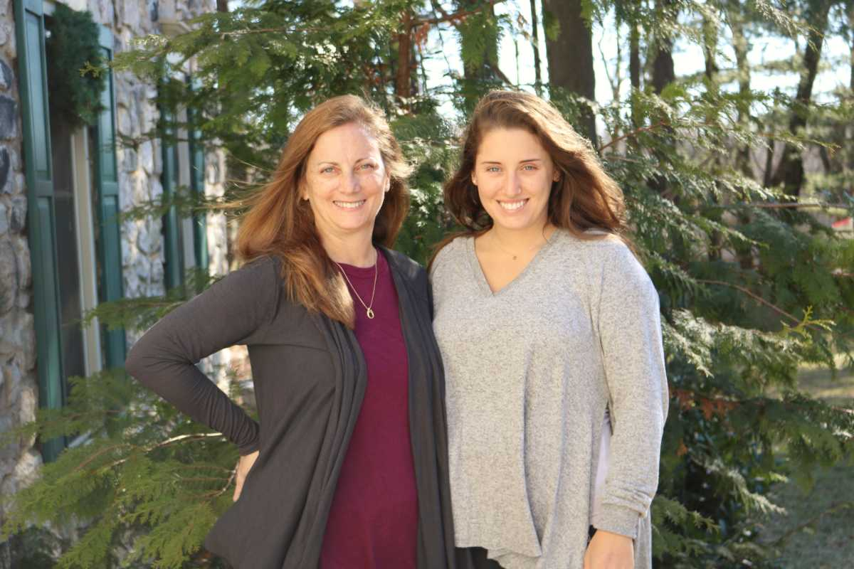 Denise Teter and her daughter Victoria share a genetic trait that predisposes them to develop a rare kind of colon cancer.