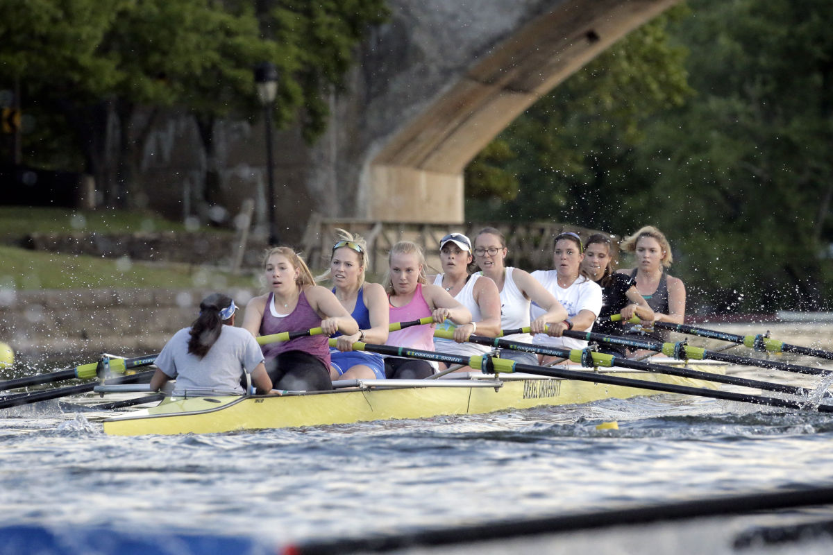 The Drexel women's varsity eight of (from left) Nupur Parikh (coxswain), Kendall Wenzke, Paige Propp, Kylie Magee, Marina Forster, Catherine Haas, Natalie Alleva, Amanda Reale and Meghan Knecht practice on the Schuylkill River on Wednesday.