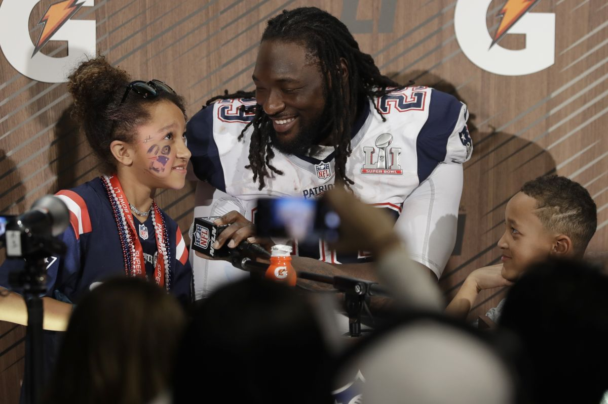 Rs_phillythumb2_1200x800_20170517_020517_legarrette_blount_with_ne_after_super_bowl_ap_raw