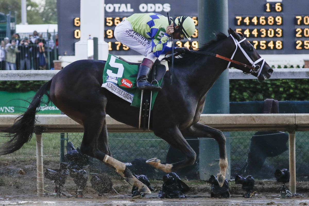 Jockey John Velazquez rides Always Dreaming to victory in Kentucky Derby,<br />