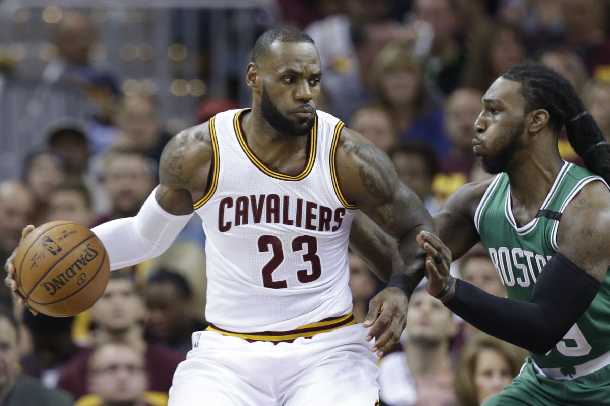 Cleveland Cavaliers´ LeBron James (23) looks to drive on Boston Celtics´ Jae Crowder (99) during the first half of Game 3 of the NBA basketball Eastern Conference finals, Sunday, May 21, 2017, in Cleveland.
