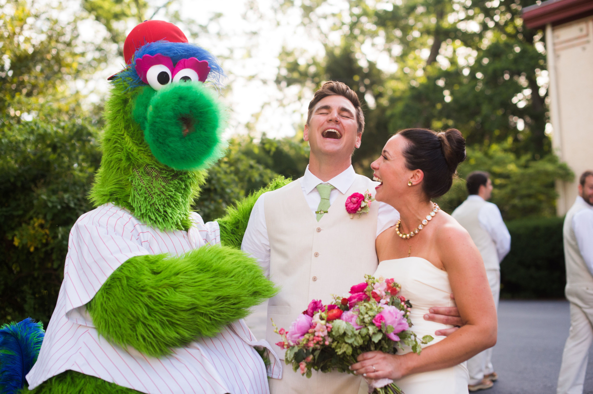 Justina Calgiano and Ted Meyer with the Phillie Phanatic<br />