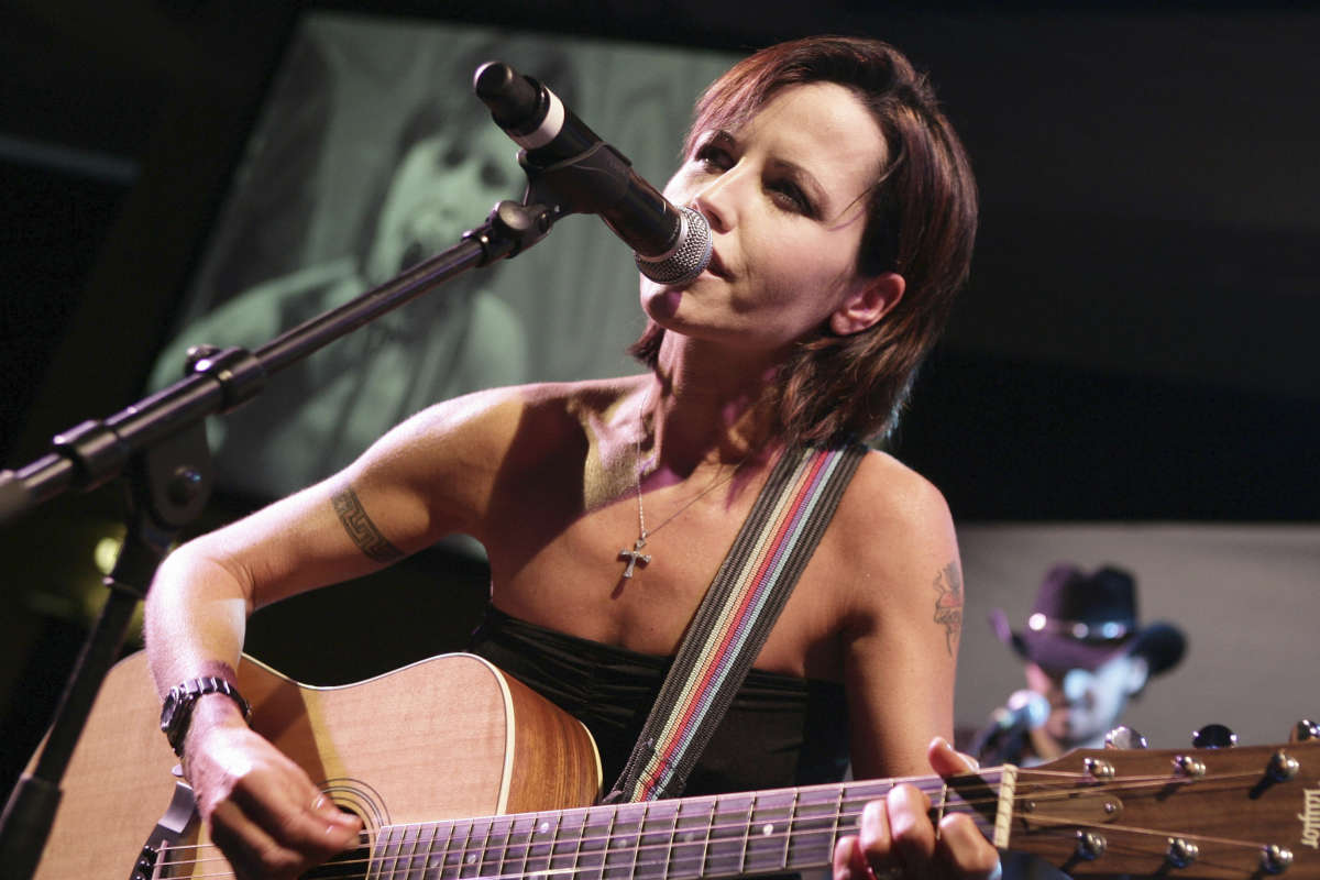 Cranberries lead singer Dolores O'Riordan has died. She was 46.