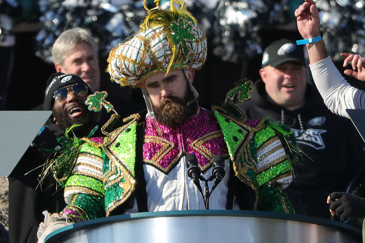 Eagles' Jason Kelce pauses during his speech at the Eagles Super Bowl celebration at the Art Museum.