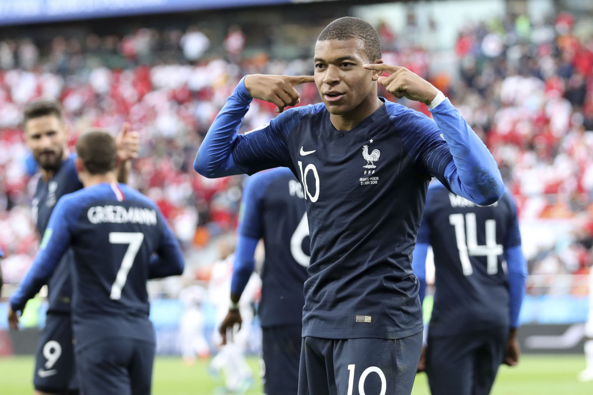 Kylian Mbappe scored the goal that sent France to the World Cup's round of 16, and eliminated Peru from contention.